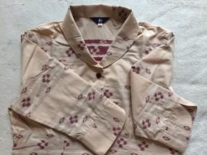 カリユシシャツ