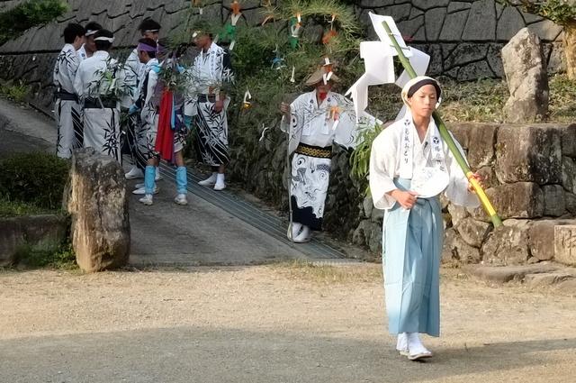 岸和田塔原町の無形民俗文化財【葛城踊り】