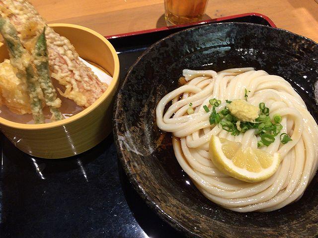 釜たけ流うどん 駅前食堂 ヨドバシ梅田店